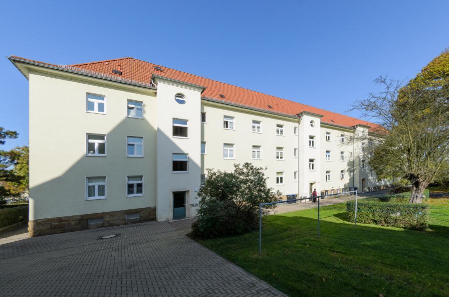 1,0-R-WE - F.-Gumpert-Platz 1