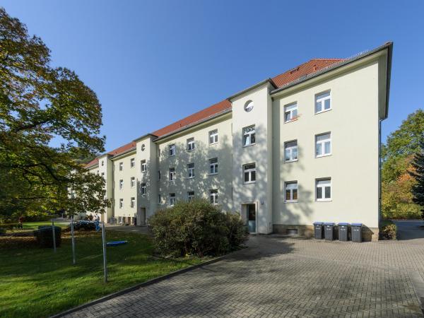 2,0-R-WE - F.-Gumpert-Platz 1