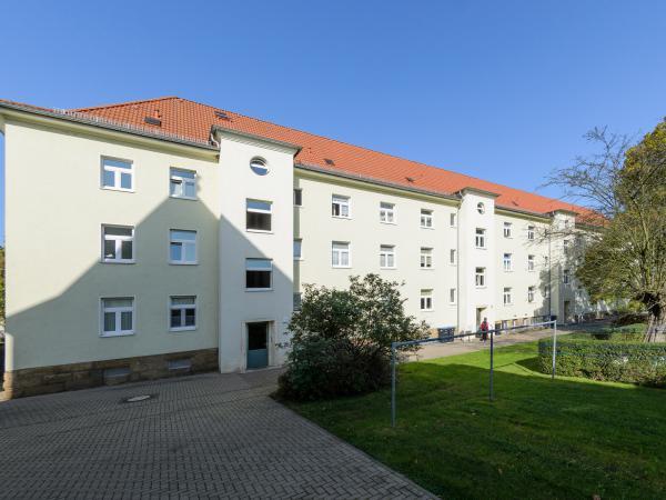 2,0-R-WE - F.-Gumpert-Platz 3