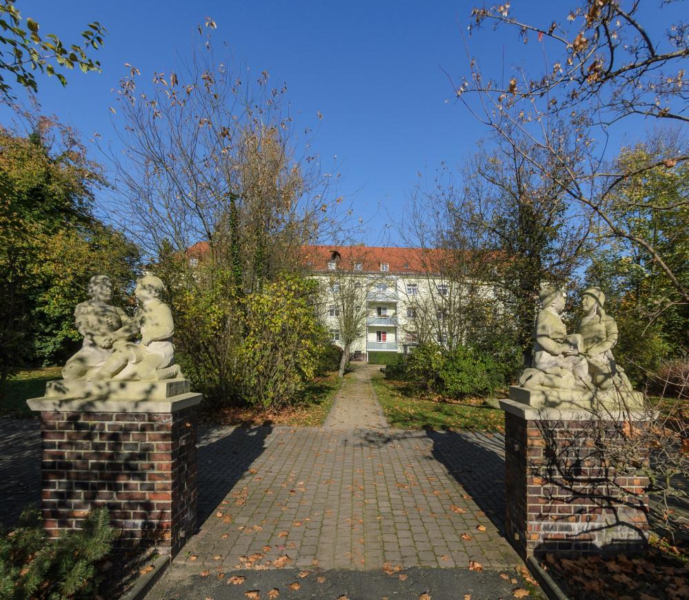 Dresdner - Kant _ Zugang