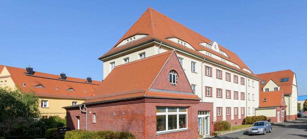 Fritz-Gumpert-Platz  2 4